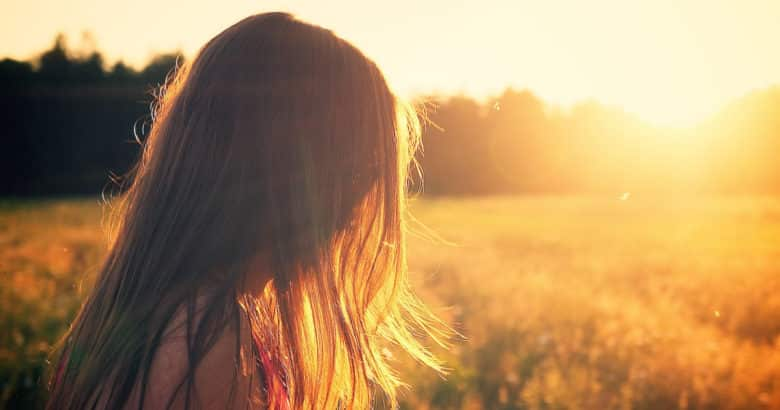 viver no campo - mulher no campo, por-do-sol