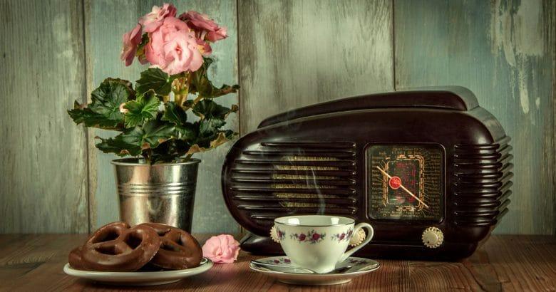 cantinho do café - Vintage, Retro, Radio, An Antique, Museum, Still Life